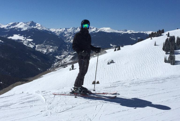 Skiing doctor