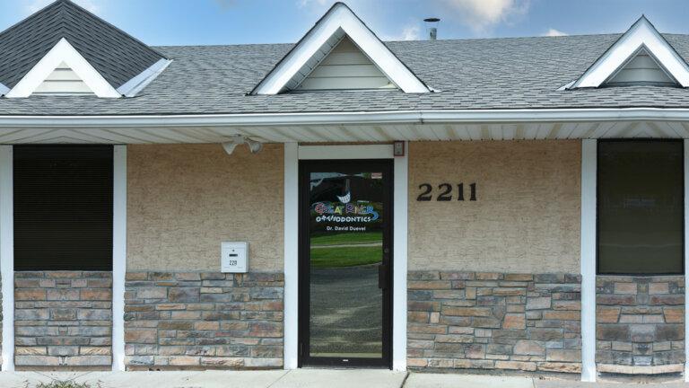 Great River Roseville location storefront