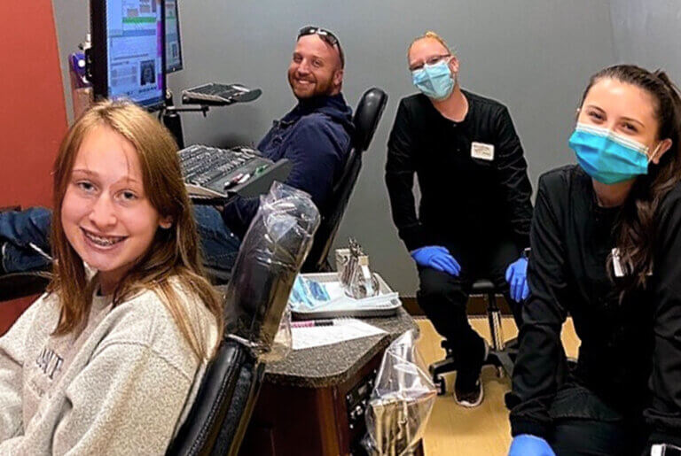 SIM-69902-Patient-Carousel-WI-Team-Ashlin-Tony